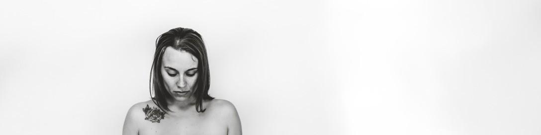 cropped-cropped-stephanie-maternity-boudoir-4211.jpg